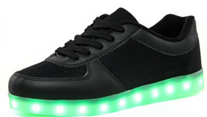 Closeout Wholesale Unisex LED Shoes USB Charging Flashing Sneakers