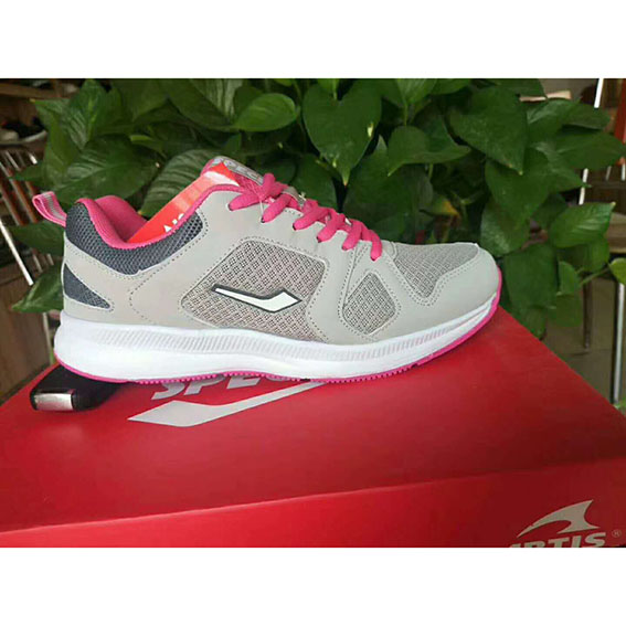 sports shoes for woman