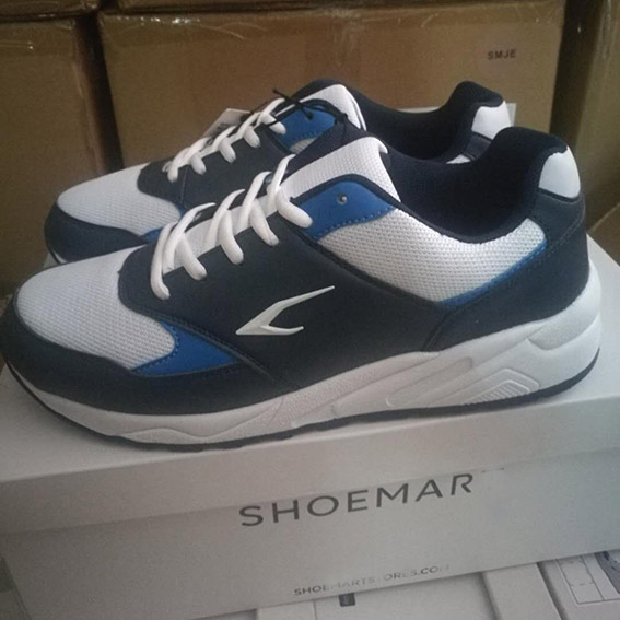 Sport shoe for man